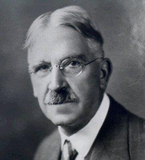 Le philosophe américain, John Dewey (1859-1952) un des signataires du premier manifeste humaniste